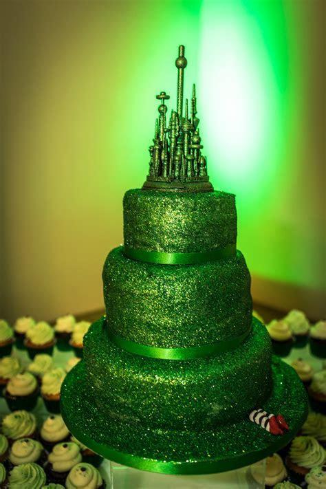An Emerald City Vow Renewal · Rock n Roll Bride