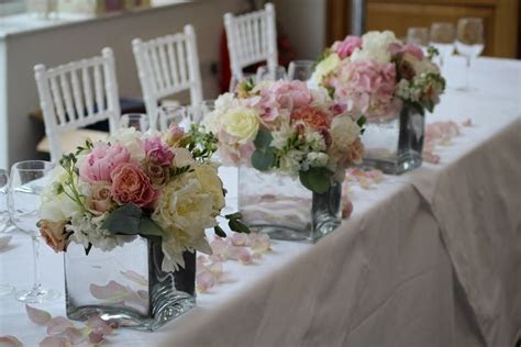 ivory and vintage pink wedding flowers at Botley Mansion