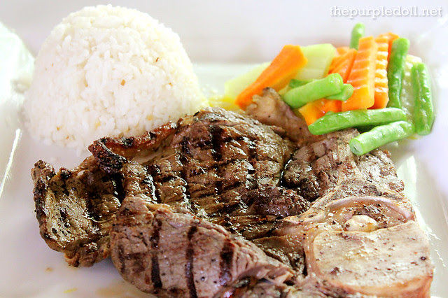 Porter House Steak with Steamed Vegetables and Garlic Rice P495