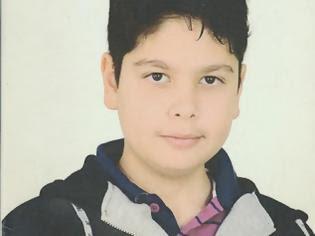 Φωτογραφία για Αχαΐα: Βαρύ το κλίμα στην κηδεία του 13χρονου Δημήτρη