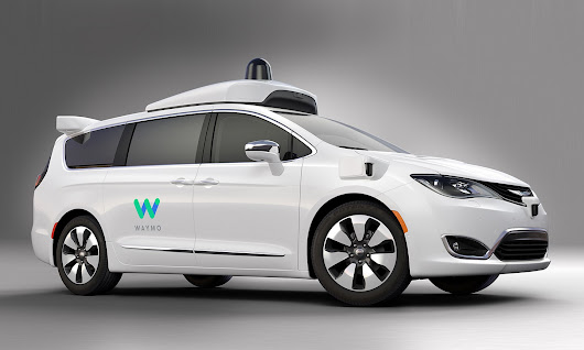 FCA Partners With Waymo to Deliver Fleet of Self-Driving Pacifica Hybrids