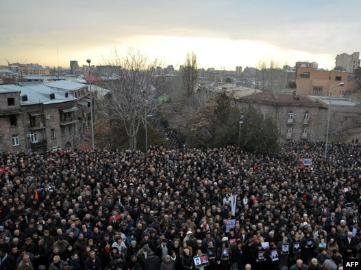 More than 10,000 opposition supporters rallied in the center of Yerevan on March 1.