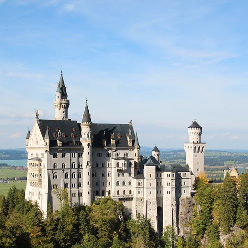 Fairy Tale Dreams at Newschwanstein Castle - Old Town Home
