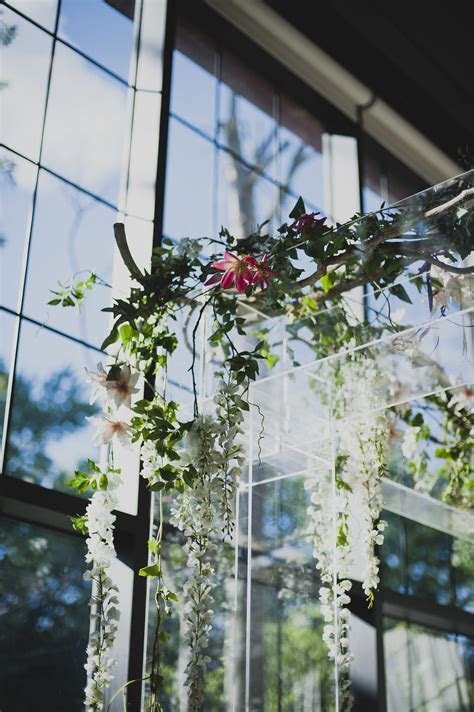 This Modern Floral Wedding Arch is The Perfect Mix