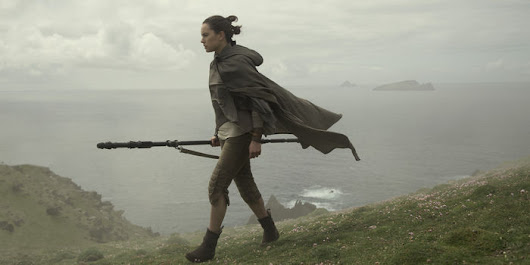 'Star Wars: The Last Jedi' Review: Action and Angst of Galactic Proportions - WSJ