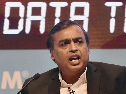 Mukesh Ambani: Free voice calls across networks for Reliance Jio users
