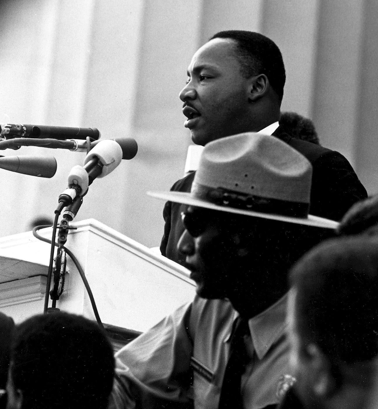 Ficheiro:Martin Luther King - March on Washington.jpg