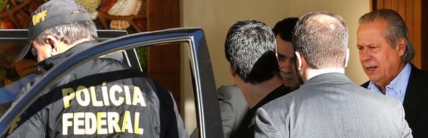 Preso na Lava Jato, Dirceu pede ao STF para não ser transferido para Curitiba (Dirceu pede ao STF para ficar preso no DF (Dirceu pede ao STF para ficar preso no DF (Dida Sampaio/Estadão Conteúdo)))