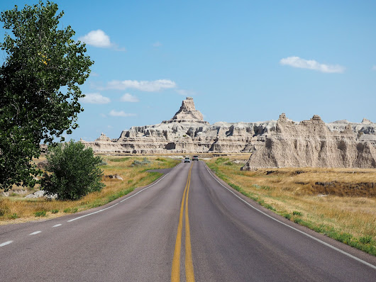 The Perfect 12-Day Road Trip Itinerary for Montana, Wyoming, and the Dakotas