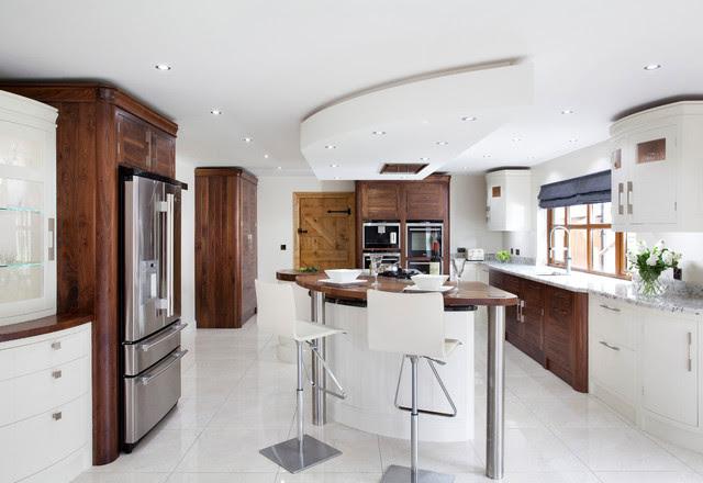 Modern walnut horizon kitchen - Modern - Kitchen ...