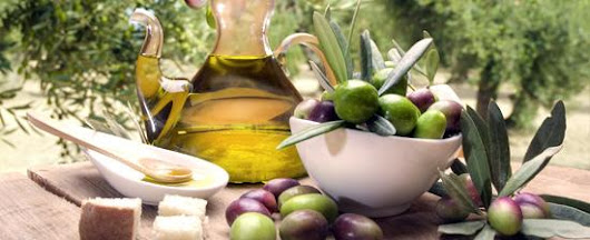 Buying your Olive Oil! - Mar de olivos