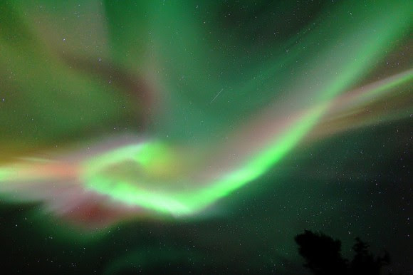Aurora Borealis coronal display near Fairbanks Alaska, on March 25, 2014. Credit and copyright: John Chumack.