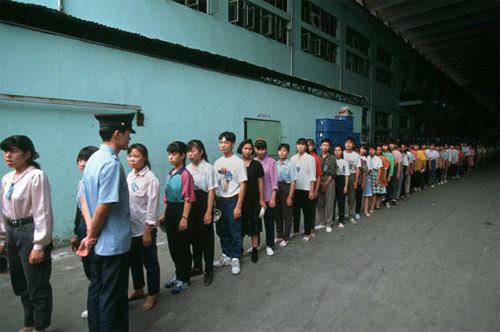 fabrica china trabajadores chinos mattel juguetes 26