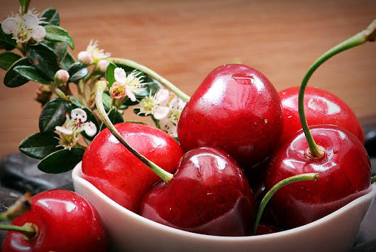 Games and competitions with cherries in Kyustendil - Bulgaria Travel News