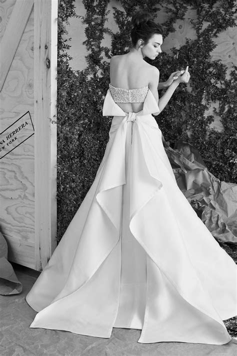 Carolina Herrera Spring 2017 Bridal   Arabia Weddings
