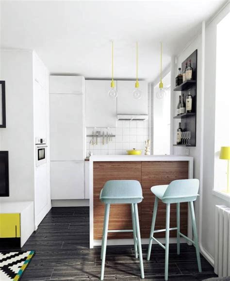pro  small apartment decorating
