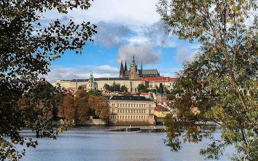 Are you considering a quick trip to somewhere in Europa? Check out Prague!