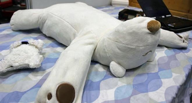 Robotic Pillow Pokes Snoring Humans in the Face   DesignRulz.com