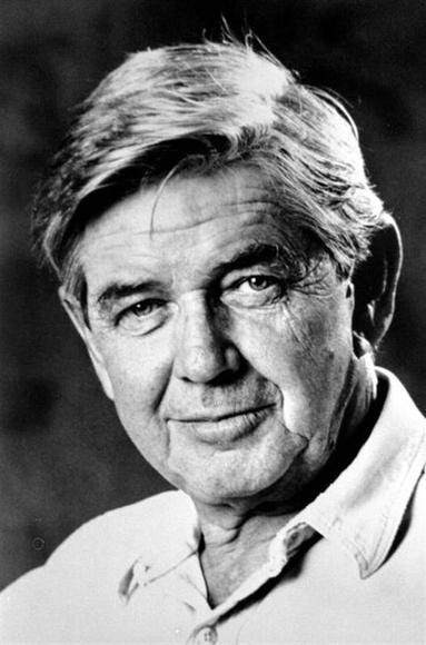Ralph Waite, who played the father in ''The Waltons'' television series, is shown in this undated file photograph. REUTERS/Files