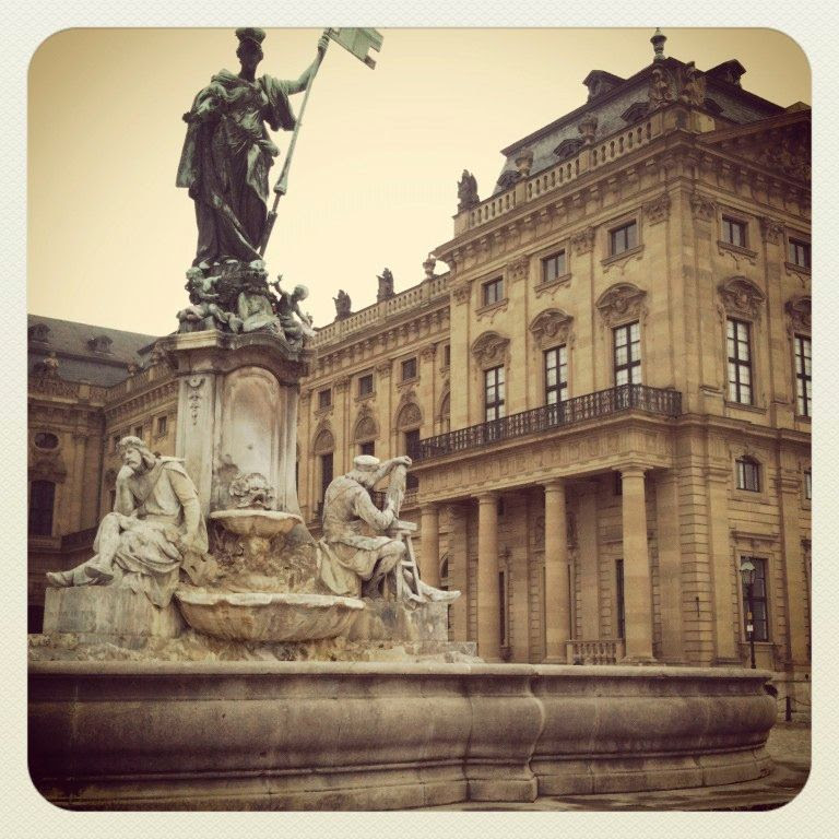 30.01.12, Over the weekend we traveled to Würzburg and showed my sister around.