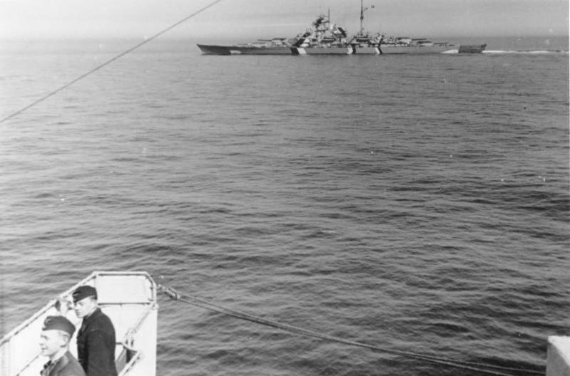 File:Bundesarchiv Bild 146-1989-012-03, Schlachtschiff Bismarck in der Ostsee.jpg