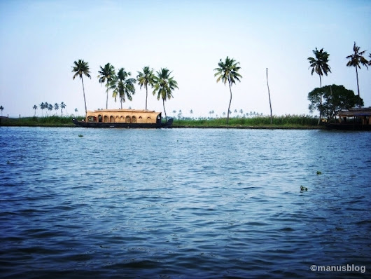 Traversing to the Backwaters : Alleppey