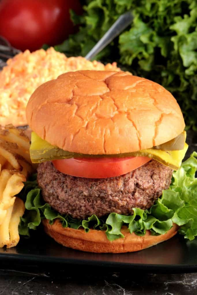 Pimento-Cheese-Stuffed-Burger-3