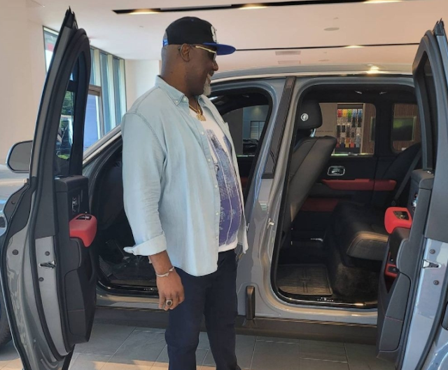 Dino Melaye issue threats to automobile company that accused him of buying car without paying up