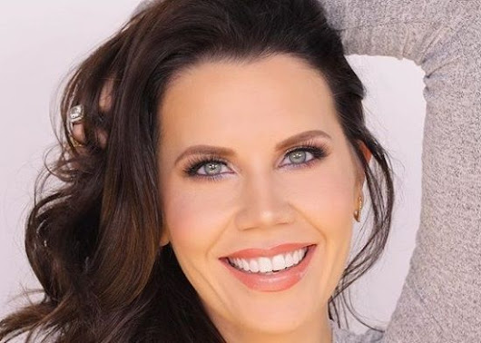 Tati Westbrook Wiki, Husband, Height, Weight, Age, Bio, Net worth, Family