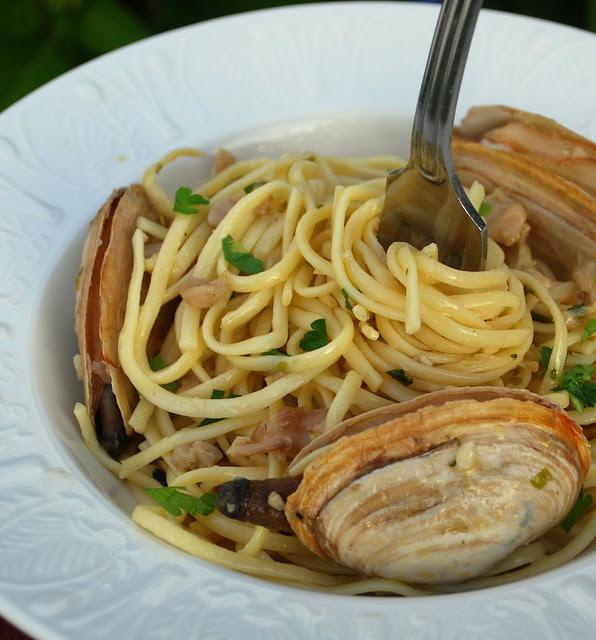 Linguini Clam Sauce.2jpg