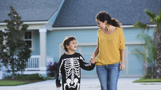 Why Halloween Is as Much Fun for Parents as It Is for Kids | Parenting Squad