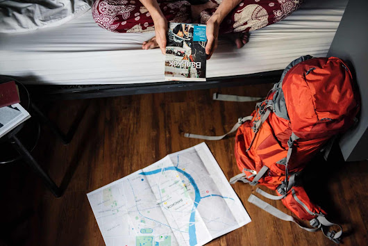 10 Backpacking Hacks to Survive Hostel Life With Ease - Traveling Lifestyle