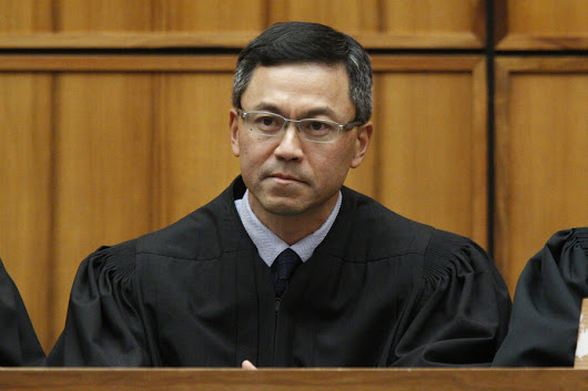 Hawaii judge blocks travel ban for the third time - CSMonitor.com