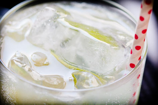 Tall and Cool: the Gin Rickey