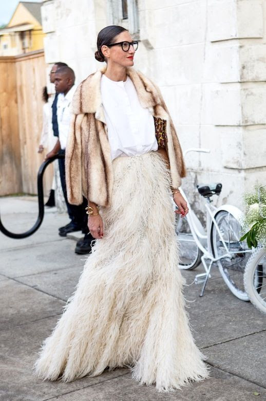 20 Alternative Wedding Looks Jenna Lyons Solange Knowles Wedding Fur Coat Feather Maxi Skirt Non-Traditional Bride photo 3-20-Alternative-Wedding-Looks-Jenna-Lyons-Solange-Knowles-Wedding-Fur-Coat-Feather-Maxi-Skirt.jpg