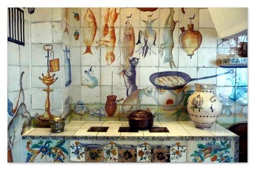 decoración con azulejos de una cocina valenciana del siglo XVIII