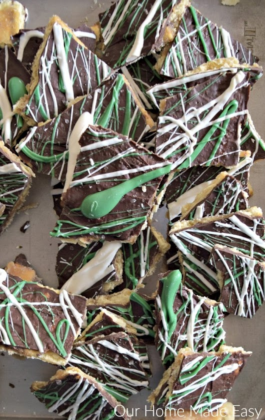 Easy 20 Minute Salty and Sweet Leprechaun Bark! - Our Home Made Easy