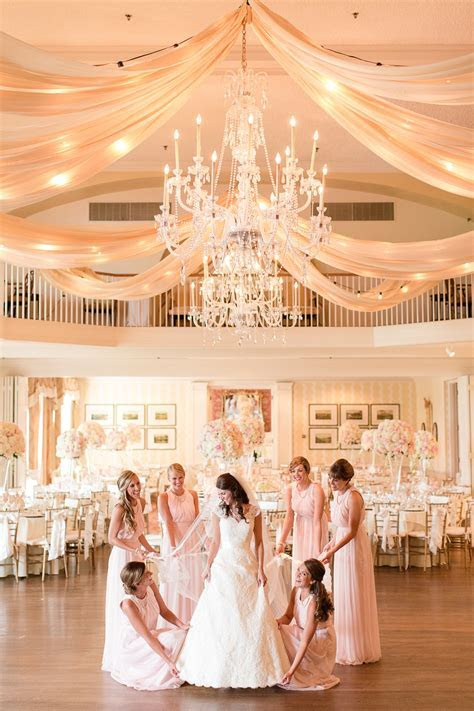 A Classic Country Club of Virginia Wedding in Richmond