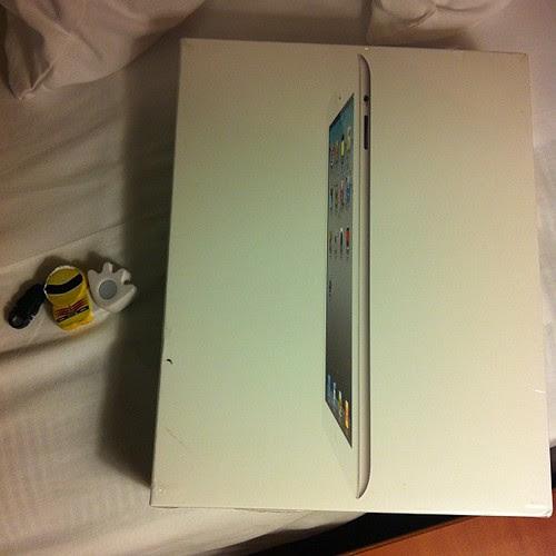 iPad2 with 3G+Wi-Fi, White, 64GB、SIMフリー!