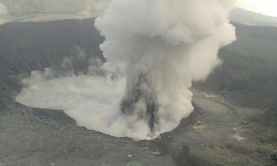 poas eruption april 2017