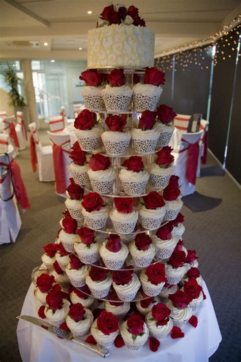 Amazing Red And White Wedding Cakes [26 Pic] ~ Awesome
