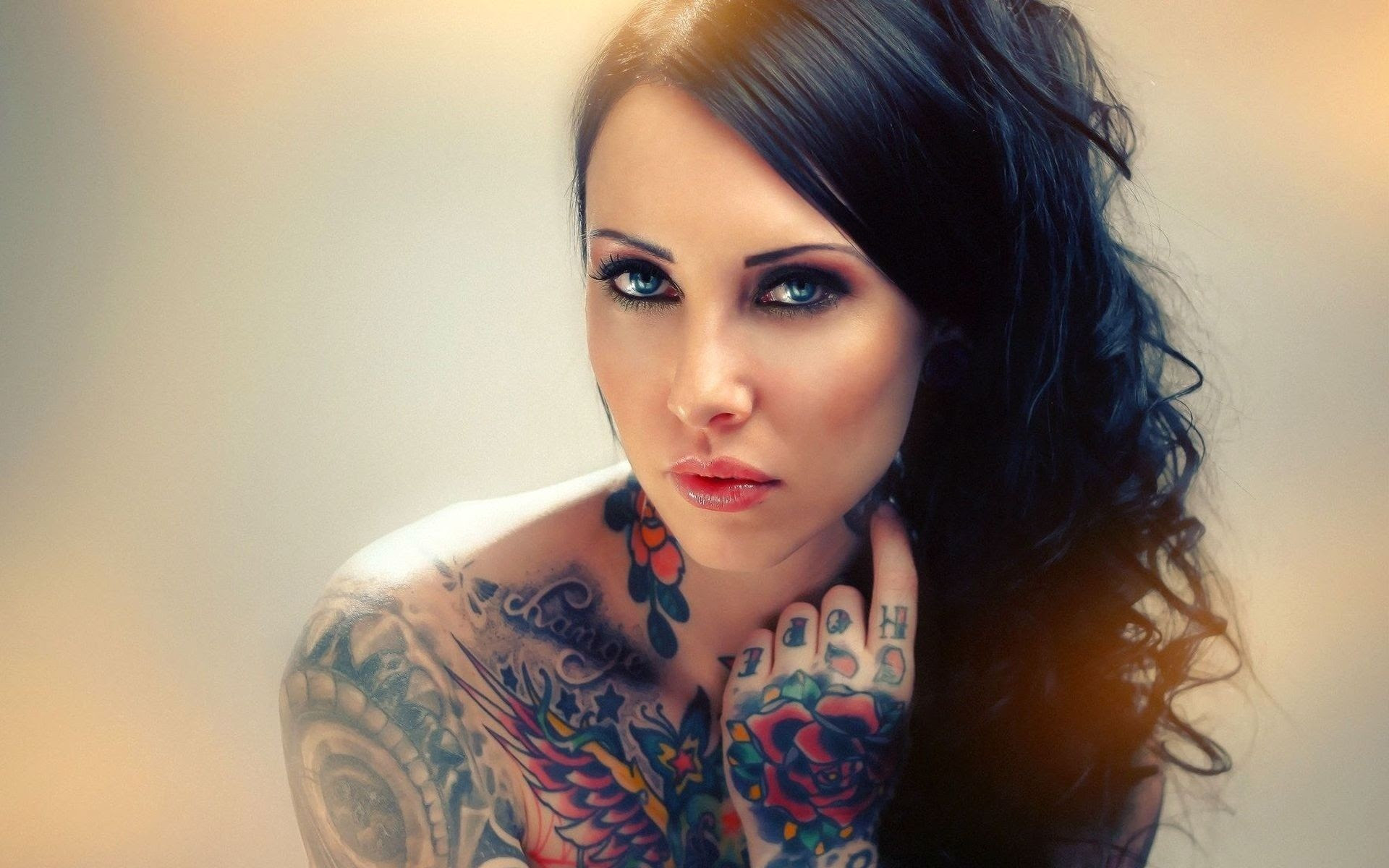 Girl With Tatoo Free Tattoo Pictures