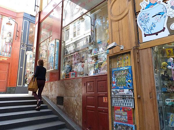escalier du passage Verdeau.jpg