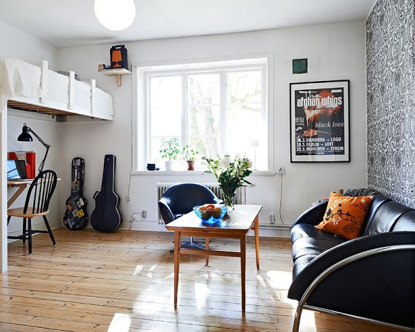 Tiny studio apartment with a cozy and airy interior
