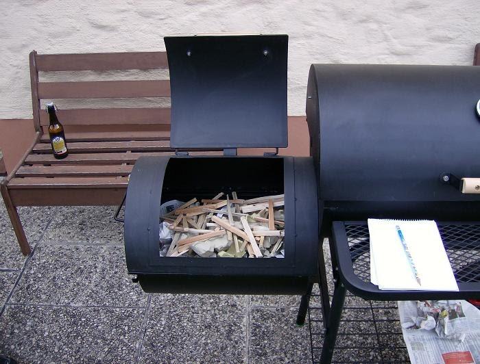 Landmann Gasgrill Famila : Holzkohlegrills elektrogrill: smoker anheizen