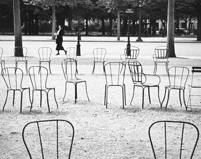 Kertesz_ParisChairs