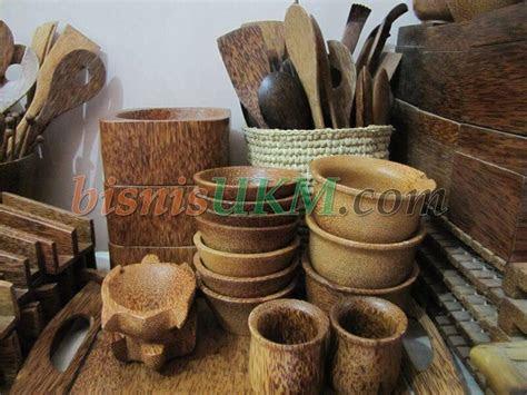 sukses  produksi kerajinan batang kelapa