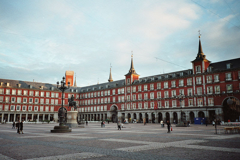 Archivo:Plaza Mayor, Madrid.jpg
