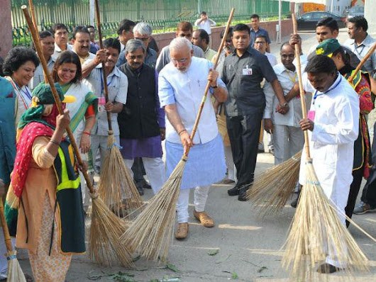 How the Wealthy Promote Swachh Bharat (Clean India Mission)