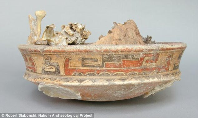 Mystery: The head of the dead woman found in the tomb was covered by a vessel